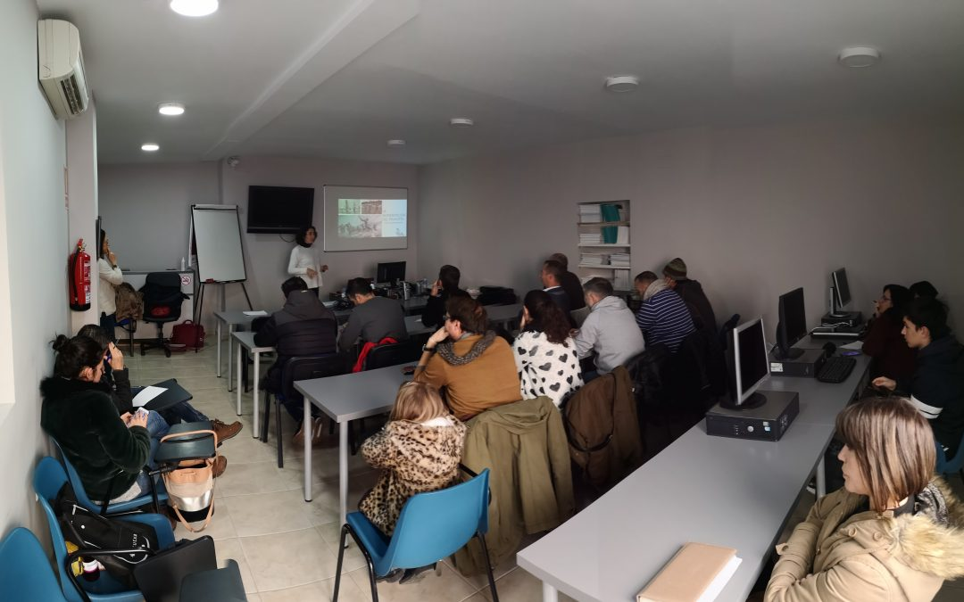 """Sesiones formativas """"La alimentación del triatleta""""."""