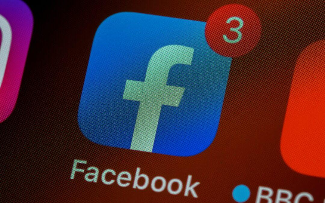Google elimina 9 apps por robar las contraseñas de Facebook